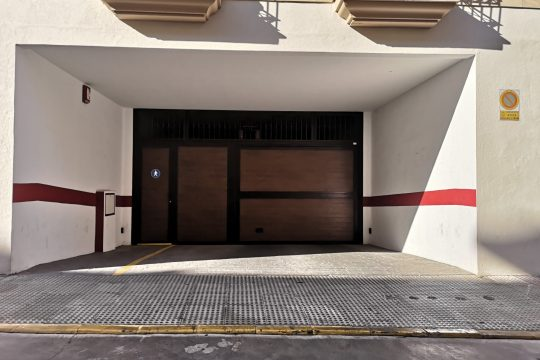 Garage 10 m2 Double Parking Space, Good Access, La Feria