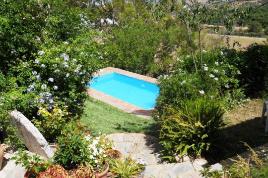 Long Term Rental, House, 3 Beds, Pool, Garden & Garage