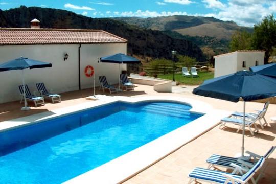 Rural Tourism Business – Cortijo/old Farmhouse, Apartments