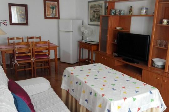 Long Term Rental – 2 Bedroom Apartment