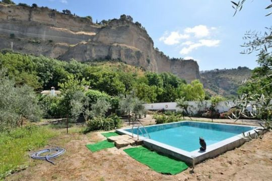 Country House, Unique Location, 4 Beds, 6.800m2 Flat Land, Olives