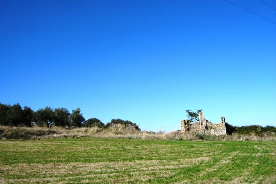 Inland Costa del Sol, Ruin with 4.5 h (11 Acres) Flat Land