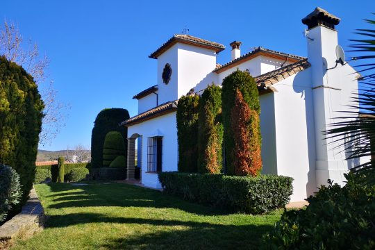 Country House/Villa, 4 Bedrooms, Pool, Close  to Ronda