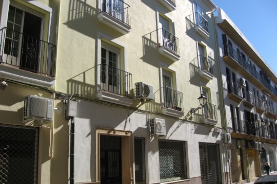 Apartment, 2 Beds, Central Location, Excellent Condition
