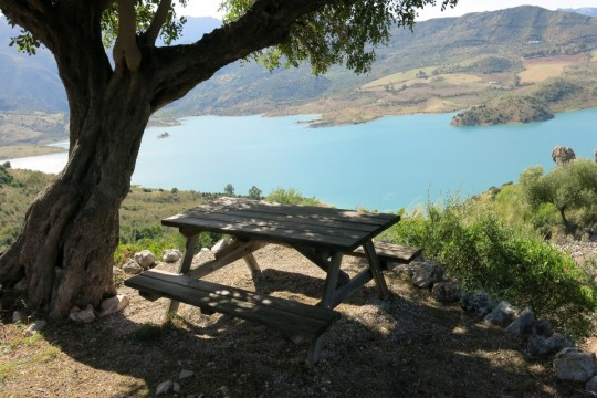 Exceptional Views to Lake, Country House, Pool, Cottage, 5 Ha