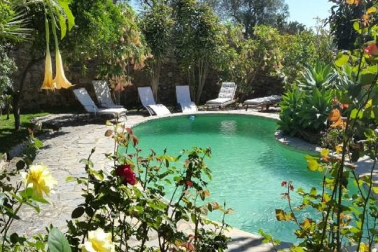 Villa 300m2, Pool. Guest House & Tropical Garden, Plot 1.812 m2, Guest Apartment – Total 6 Beds & 6 Bathss.