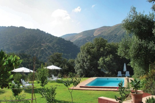 Finca 508m2, Pool, 3 High Standard Apartments, Genal Valley