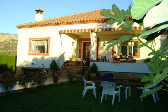 Large House, S/C Guest House, Edge Village, Basement, Views